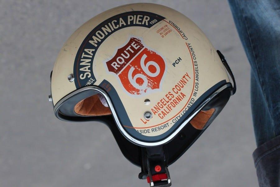 Casque de moto vintage